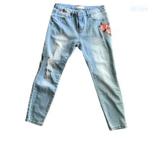 Angel Kiss Distressed Jean Rose Flower 7